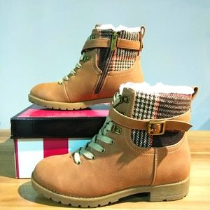 CIRCUS by Sam Edelman  Girl Boots